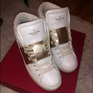Valentino Shoes - AUTHENTIC Valentino high top rockstud shoes